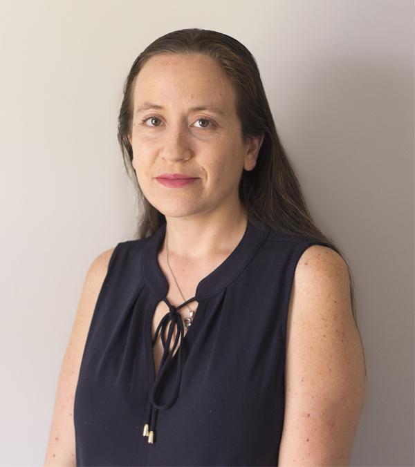 Dr. Claudia González